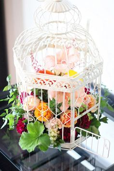 White bird cage floral centerpiece DIY - Home Decorating Trends - Homedit Tea Party Centerpieces, Bird Cage Centerpiece, Floral Centerpieces, Flower Arrangements, Wedding Ideas Board, Wedding Inspiration, February Wedding, Mad Hatter Tea, Types Of Flowers