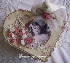 Box with heart-shaped mini