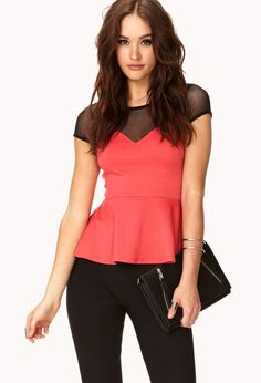 La moda peplum es una tendencia de los años 80 caracterizada por volados y capas que visualmente estrechan las caderas y agrandan la cintura, dejando tu cuerpo como el de una avispa.  http://www.liniofashion.com.co/linio_fashion/ropa-para-mujeres?utm_source=pinterestutm_medium=socialmediautm_campaign=COL_pinterest___fashion_prendaspeplum_20140616_18wt_sm=co.socialmedia.pinterest.COL_timeline_____fashion_20140616prendaspeplum.-.fashion