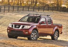 A whole patch of pumpkins. Enough apples to fill an orchard. Chopped firewood for the entire season. However you decide to celebrate fall, the Nissan Frontier can haul it.