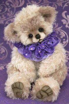 What a cute bear  <3