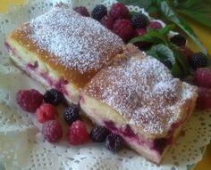 Tvarohový koláč s ovocím (fotorecept) French Toast, Sweets, Breakfast, Food, Basket, Morning Coffee, Good Stocking Stuffers, Candy, Eten