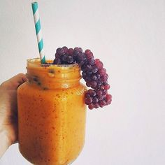 """4,719 Likes, 20 Comments - Smoothie Recipes (@befitsmoothies) on Instagram: """"1/2 Cup Frozen Cempedak Flesh, 1 Orange, 1/4 Cup Frozen Grapes, 1/2 Almond Milk 🍊🍇 via @alykhaw //…"""""""