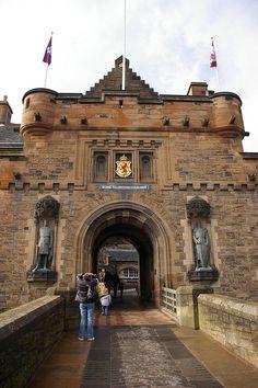 The Gatehouse, Edinburgh Castle, Scotland. Open daily from Visit Edinburgh, Edinburgh Castle, Castle Scotland, Places Around The World, Oh The Places You'll Go, Places To Visit, Around The Worlds, England And Scotland, Scotland Uk