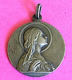 Large Signed Antique Holy Medal Virgin Mary Immaculate Heart (Image1)Large religious medal, perfect for a man, featuring The Blessed Mother Virgin Mary, Sacred Immaculate heart, in profile.Signed A.Y.P.