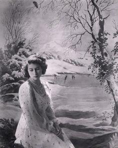 cecil beaton queen elizabeth | Queen Elizabeth II, by Cecil Beaton, 1945 - NPG x24412 - © V&A Images