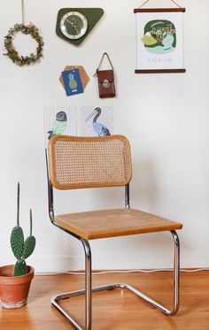 Marcel Breuer Cesca cane chair in natural / Chaise cannée