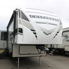 We're super pleased with the new 2020 Coachmen Recreational Vehicles Fifth Wheels that are rolling onto our lot. They have really sharp interiors with a warm feel, and they come with affordable price tags! Check out this 2020 Coachmen Chaparral 336TSIK...