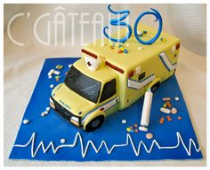 Ambulance 3D sculpted cake - my own creation!