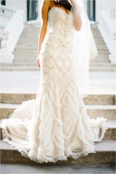 How gorgeous is the detailing on this Enaura Bridal Couture gown? Photo by Daniel Cruz via @Damaris Mia // Le Magnifique Blog