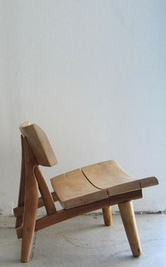 Simple chair design #WoodenChair