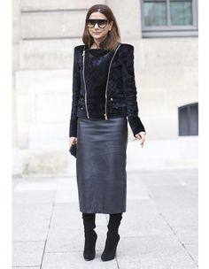 La jupe crayon en cuir - Street style : elles portent déjà les tendances de la rentrée