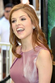 Anna Kendrick- blush pink and makeup working well with red!