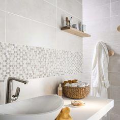 mosaikboden-und-wand-pastille-weisser-marmor-und-mokka-artens - The world's most private search engine Serene Bathroom, Beautiful Bathrooms, Mosaic Bathroom, Bathroom Wall Decor, Bathroom Ideas, Bad Inspiration, Bathroom Inspiration, Small Bathroom Storage, Wainscoting
