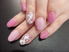 Simple understated nails/ pink/ hearts/
