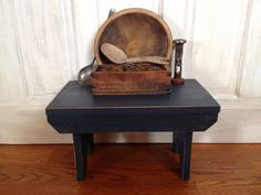 Distressed step stool by Primitivetreasure on Etsy, $35.00