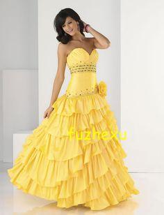 I love, love, love the color bright yellow!