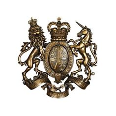 The design TOSCANO Royal Coat of Arms of Great Britain Wall Sculpture is a faithful to the original, boasting the mottos and symbols of the British monarchs. Add instant royal style to any space with this impressive wall sculpture. Symbol Of England, Antler Wall Decor, Lion And Unicorn, Angel Wings Wall Decor, Lion Art, Animal Statues, Wall Sculptures, Coat Of Arms, Great Britain