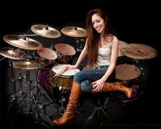 Girl Drummer, Female Drummer, Sound Of Music, Music Is Life, Tambour, Drums Girl, Best Drums, Music Collage, Skip Beat