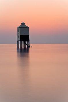Colors: Burnham-on-sea lighthouse, England Photo: Peter Spencer, via travelingcolors Lighthouses