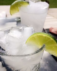 Vodka Tonic, one shot vodka, a wedge of lime and grape Tonic into a pre-chilled glas with ice. Lime garnish of course!