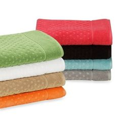 kate spade new york Larabee Dot Bath Towels, 100% Cotton - BedBathandBeyond.com  Turquoise to match her bedding