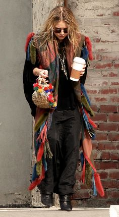 Fashion overlords trying to convince you that looking like a homeless bulimic is a good idea. But I'd avoid someone looking like this if they got on the bus, I don't care if it was an Olsen twin.