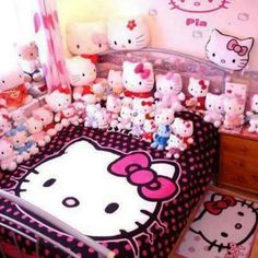 19 Cute & Charming Hello Kitty Bedroom Decoration - Home Decor Ideas Hello Kitty Bedroom, Hello Kitty House, Hello Kitty Baby, Hello Kitty Room Decor, Hello Hello, Rilakkuma, Sanrio, Girls Bedroom, Bedroom Decor