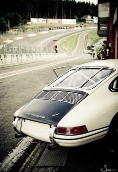 Oh my one day pleeeeeease can everything conspire to get me a Porsche just like this one?
