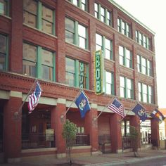 Restaurants, Entertainment and Brewing in Grand Rapids Michigan!