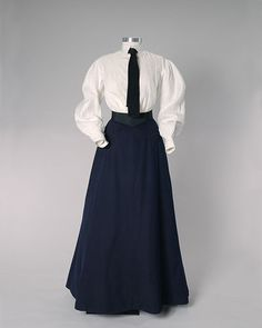Image of shirt waist - linen shirt and wool skirt 1902 This may be what your great grandmother wore on a daily basis.