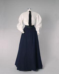 Women at work in the early 1900s. Linen shirtwaist, wool skirt.
