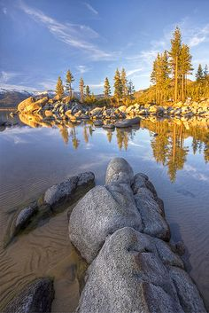Sand Harbor, Lake Tahoe California~One of my favorite spiritual places ever. Best Vacation Destinations, Best Vacations, Vacation Spots, Sequoia Park, Lago Tahoe, Road Trip, Beau Site, Kayak, California Dreamin'