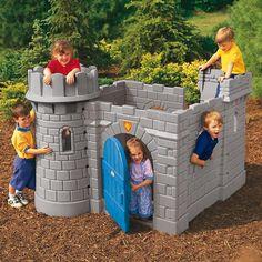 Château Médiéval avec toboggan