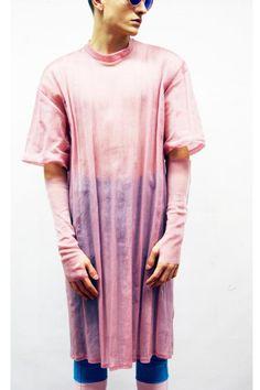 Auch Gucci und Fendi haben schon Interesse an seinen Entwürfen bekundet.