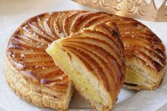 Galette Des Rois - Organic Food in Dublin: Thermomix Desserts, Dessert Recipes, Galette Des Rois Recipe, Organic Food Market, Traditional French Desserts, Cherry Desserts, Bbc Good Food Recipes, Popular Recipes, Gastronomia