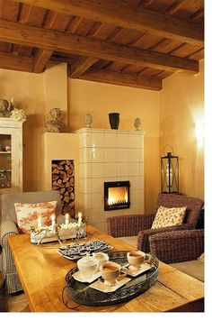 Love the simplicity of this tiled masonry stove French Cottage, Cozy Cottage, Cosy Kitchen, Condo Living, Wood Interiors, Home Decor Furniture, Traditional House, My Dream Home, Design Case