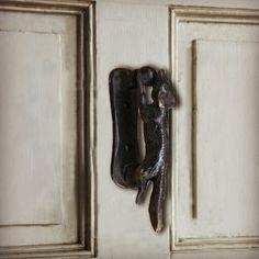 Door Knockers, Door Handles, Bronze, Doors, Home Decor, Decoration Home, Room Decor, Door Knobs, Interior Design