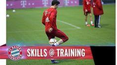 Świetne umiejętności piłkarskie napastnika Bayernu Monachium • Robert Lewandowski pokazuje triki piłkarskie na treningu • Zobacz >> #Lewandowski #bayern #bayernmunich #football #soccer #sports #pilkanozna