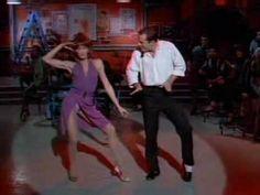 "Moonlighting: Bruce Willis dancing to Billy Joel's ""Big Man on Mulberry Street"""