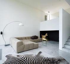 HOUSE D Furniture P Urquiola Sofa (B & B Italia)