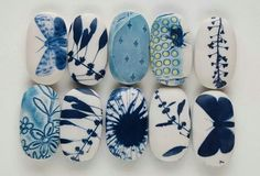 Seen so many painted rocks and was never even tempted to try it, but the blue and white just strikes my fancy.