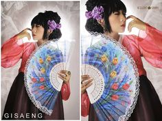 Makeup & Hairdo : Dini Mudrika for Mama Meme Costume Costume : Violet Hanbok by Mama Meme Costume Photographer : Koko Bendung Hydrohastomo for Xcellent Studio