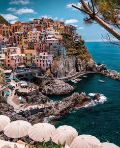 Cinque Terre is one of those places you must visit once in your life! Cinque Terre is one of those places you must visit once in your life! Top Travel Destinations, Places To Travel, Greece Destinations, Nightlife Travel, Holiday Destinations, Dream Vacations, Vacation Spots, Italy Vacation, Vacation Deals