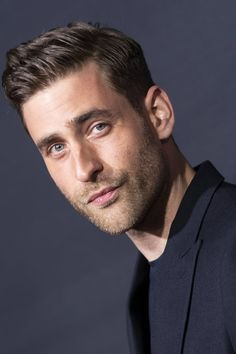 Get to Know The Haunting of Bly Manor's Oliver Jackson-Cohen Moustache, International Men's Day, Oliver Jackson Cohen, New Netflix, Invisible Man, Celebs, Celebrities, Face Claims, On Set