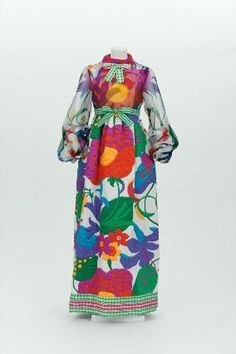 1972 Womans dress in two parts (dress, belt), Geoffrey Beene from the Museum of Fine Arts, Boston