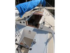 1978 J Boats J 24 sailboat for sale in New York Yacht Design, Boat Design, Baltic Yachts, Design Net, Sailboats For Sale, Sailing, New York, Candle, New York City