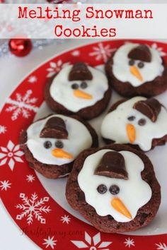ThisMelting Snowman Cookies Recipe is a fun way to celebrate winter (or the end of winter) whether or not you have snow on the ground! Fun to decorate!