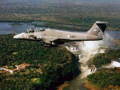 Pucará over Iguazú falls Gloster Meteor, Air Machine, Iguazu Falls, Air Space, Air Planes, Armada, Military Aircraft, South America, Fighter Jets