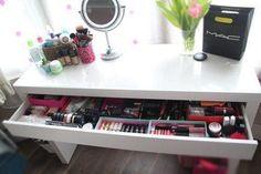 Make-Up Table ♥ (make up in drawer, desk for computer)